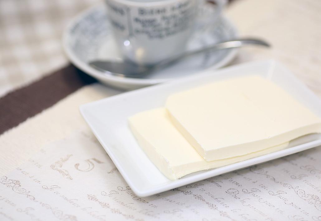 デンマーク産クリームチーズ使用