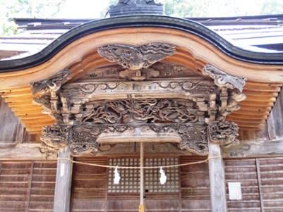湯澤神社の彫り物